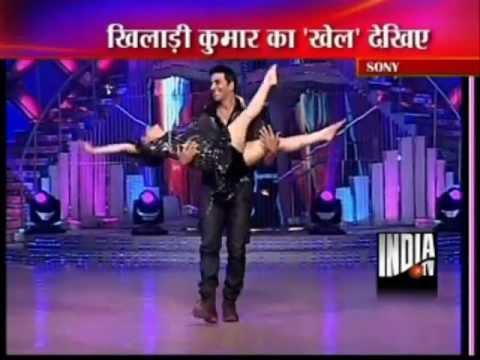 Video Madhuri Dixit Dance with Akshay Kumar and Rishi Kapoor at Jhalak Dekhla Ja download in MP3, 3GP, MP4, WEBM, AVI, FLV January 2017