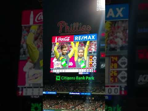Phanatic gets out muscled by 2 kids
