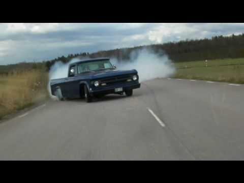 Dodge D100 440 burnout