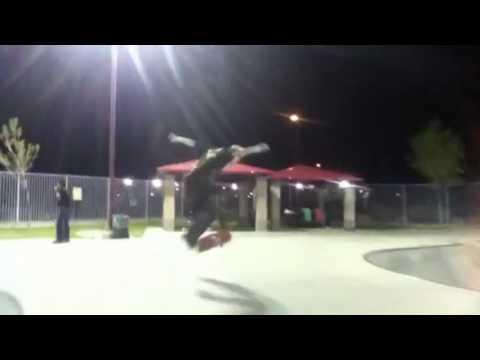 Louie Lopez: Skate Montage