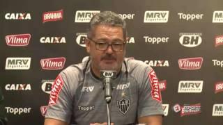 Atlético-MG Sendo zoado pelo próprio técnico em sua apresentação