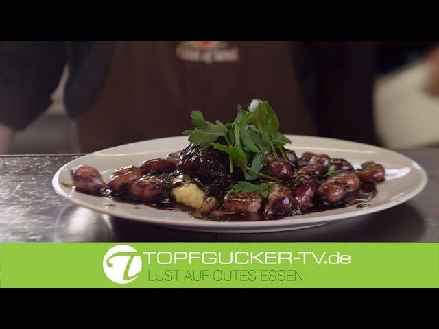 Ochsenbacke in Sauce Bordelaise mit glasierten Champignons und Frühlingszwiebeln