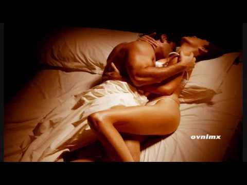 "Mujer Desnuda – Cumbia Sonidera ""D.A.R."""