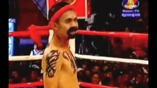Bayon Boxing Comedy - Neay Krem Vs Buakaw (51kg) 3.17.2013