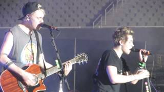 5 Seconds Of Summer - WWA tour Detroit - Amnesia 08-17-14