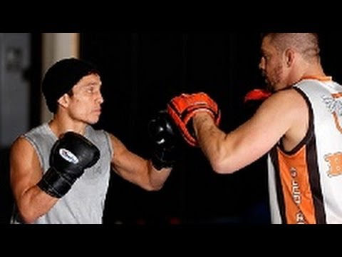 fox - UFC correspondent Megan Olivi joins Team Alpha Male for an open workout featuring UFC on FOX headliner Joseph Benavidez, plus FOX fighters Urijah Faber, Chad...