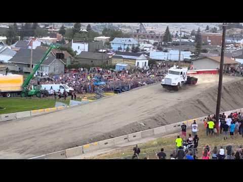 9噸卡車也有飛翔夢,最後剎車才是亮點。