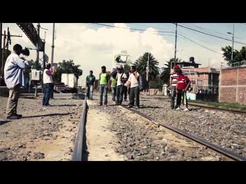 Migrantes di Flaviano Bianchini, BFS edizioni Pisa, Book Trailer di Diego Barsuglia