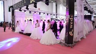 افتتاح معرض أزمير الدولي لبدل الزفاف والخطوبة - تركيا