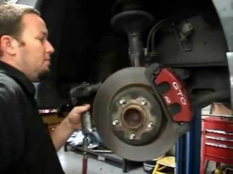 How to Install KONI Struts, Inserts & Eibach Lowering Springs - 2005 Pontiac GTO (видео)