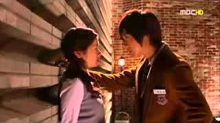 Nonton Kim Hyun Joong   Jung So Min Kissing Scene Playful Kiss Film Subtitle Indonesia Streaming Movie Download