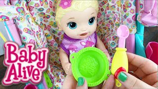 Video Baby Alive Super Snackin' Lily Doll Feeding and Diaper Change with Pacifier MP3, 3GP, MP4, WEBM, AVI, FLV November 2017