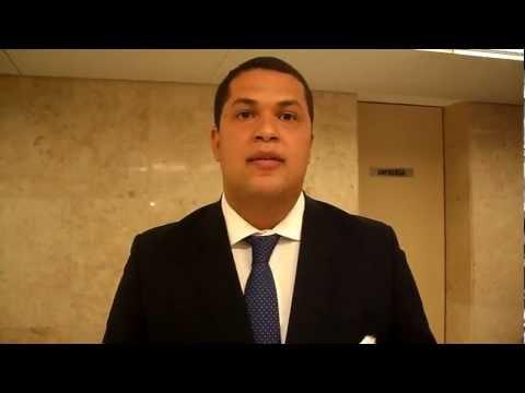 João Vítor Xavier critica censura à imprensa em Nova Lima.