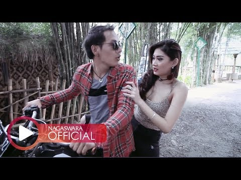 Download Lagu Merpati - Surga Di Bawah Telapak Kaki Ibu (Official Music Video NAGASWARA) #music Music Video