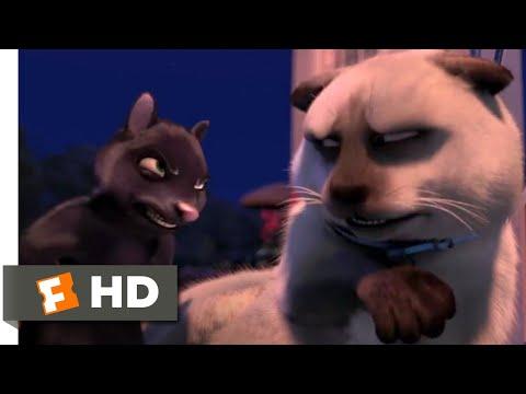 Over the Hedge - Cat vs. Skunk | Fandango Family