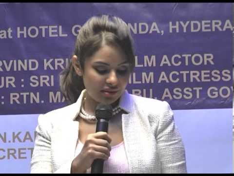 Video #Sri Reddy Film Actress download in MP3, 3GP, MP4, WEBM, AVI, FLV January 2017