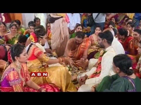 Video Grand Marriage Of Paritala Ravi's Daughter Sneha Latha | ABN Telugu download in MP3, 3GP, MP4, WEBM, AVI, FLV January 2017