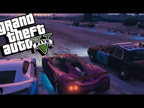GTA 5 RP - HORRIBLE ACCIDENT GONE WRONG! RACING THE POLICE & CAR SHOW - GTA V Roleplay