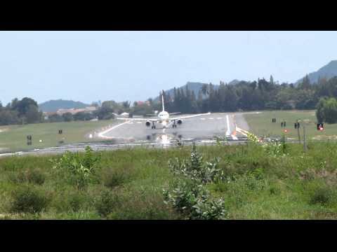 AIRPORT – FLUGHAFEN KOH SAMUI 2010