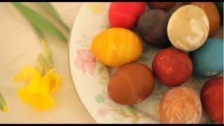 Teindre des œufs avec des colorants naturels