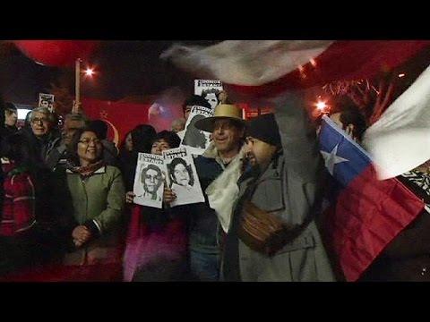 Χιλή: Πανηγυρισμοί για το θάνατο του αρχιβασανιστή της δικτατορίας Πινοσέτ