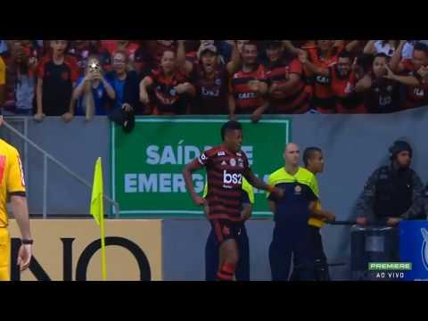 Gol do Bruno Henrique de garra ganhando a bola na ...