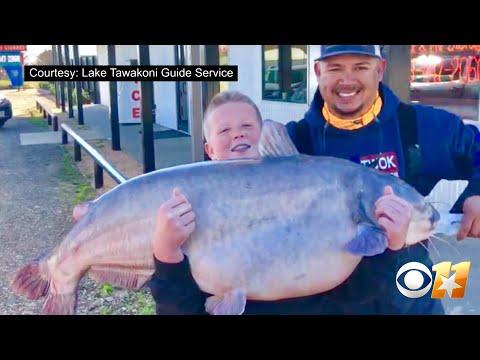 Raw Video: 13-Year-Old Texan Hooks 67-Pound Catfish