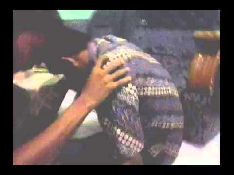 Jin Suruhan dan Memasukkan Ke dalam Tasbih Mengerikan Sekali!!!!! (видео)