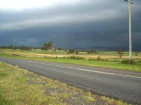 Developing severe storm south of Beaudesert QLD December 28 2005