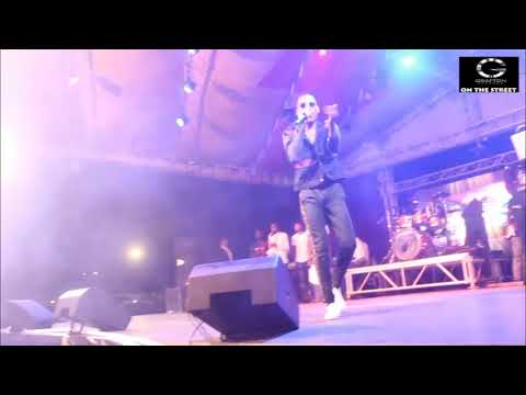 MR 2KAY PERFORMING ''WHO NO LIKE BETTER THING'' AT THE PLUGGED MUSIC FESTIVAL
