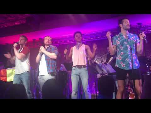 """Legally Blonde's """"Bend and Snap"""" performed by the cast of Tyler Conroy's Broadway Baeiversary"""