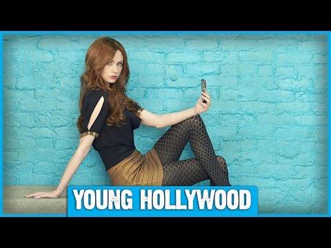 Karen Gillan's Selfie Is Deleted