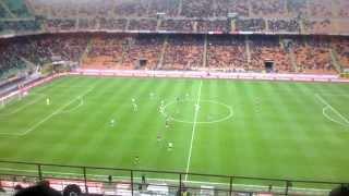 Download Lagu Esultanza stadio San Siro per gol Balotelli in Milan-Livorno 3-0 Mp3