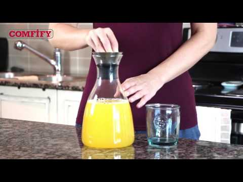 Glass Carafe with Drip-Free Lid by Comfify