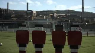 'Real Fans Are Always There' - Unibet Sports Betting Advert (Belgium)