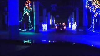 Download Lagu THE DODD FAMILY VISIT THE CHRISTMAS LIGHTS AT THE ATLANTA MOTOR SPEEDWAY Mp3