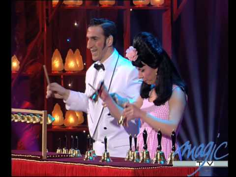 SHIRLEY & DINO - LES CLOCHES - LE PLUS GRAND CABARET DU MONDE