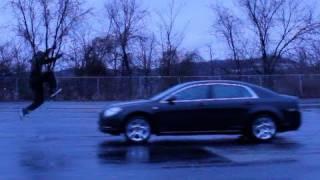 Уникални скокове над кола!!! Вижте ги!!!