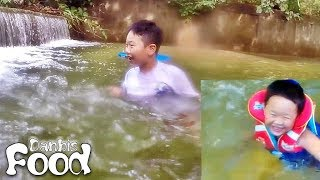 조카 연서와 장마후에 서울 북한산 계곡에 수영을 하러 다녀왔습니다~차가운 물이 아주 시원하게, 예전 영상을 찾아서 비교해보니 정말 부쩍 커버린듯 한데, 그래도 이쁘고 귀엽네요...^^여러분들도 즐거운 여름 시원한 여름 되세요~http://LEGO.pe.kr/위 블로그에 단비스 Toy 유튜브에서 리뷰 장난감을 소개하고 있습니다!