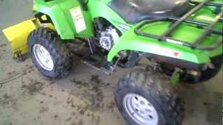 1. LOT 941A ----  2006 Arctic Cat 400 4X4 FIS Automatic ATV ----