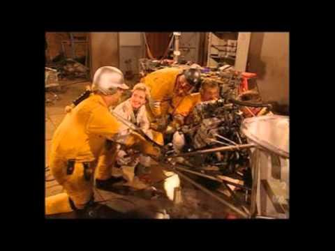 Junkyard Wars US   1x01   Hot Rods