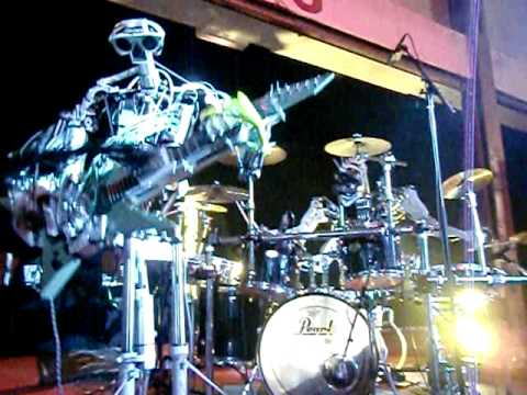 Live Music Show - Robot Bands