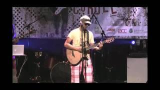 Show em Souza na Paraiba no dia 13 de janeiro de 2012 com Beto Ehongue no vocal, João Simas na guitarra e samplers, Raflea no Baixo e Kelson Ribeiras na batera