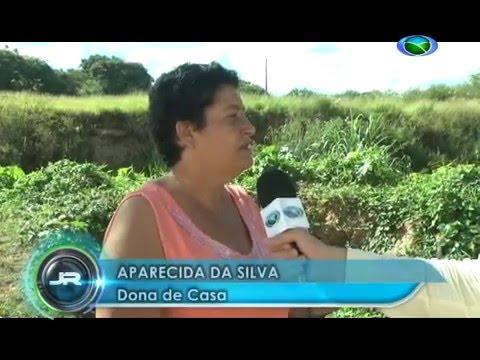 Vazamento de esgoto causa transtornos à moradores da Av Santos Dumont em São João del-Rei 27/01/2016