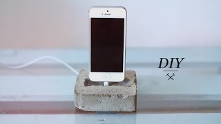 DIY CONCRETE PHONE DOCK - YouTube