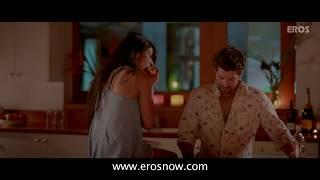 Sam & Sheena's Hot Kiss - 3G