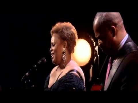 Dianne Reeves quotI39m in Love Againquot