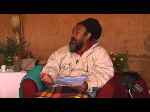 Mooji Answers: How to Avoid Premature Reactions to Life's Circumstances