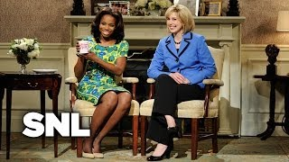 Video Michelle Obama and Hillary Clinton Argue About Who Is the Better First Lady - SNL MP3, 3GP, MP4, WEBM, AVI, FLV Desember 2018