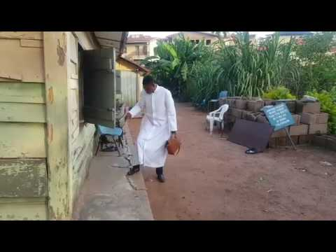 Woli-Agba Ft Dele Comedy Video (Dele Scared Daddy With Dog)